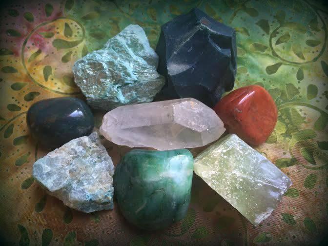 "Master Healer ""Master 8"" gemstone set - the best gemstone tools for healing"
