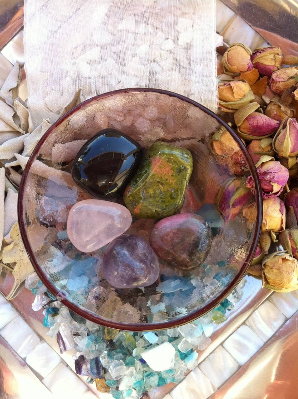 Peaceful Heart gem and crystal healing completer set with descriptions
