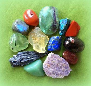 Athena's Top 13 Gemstone Sets - Crystals the Sage Goddess can't live without!