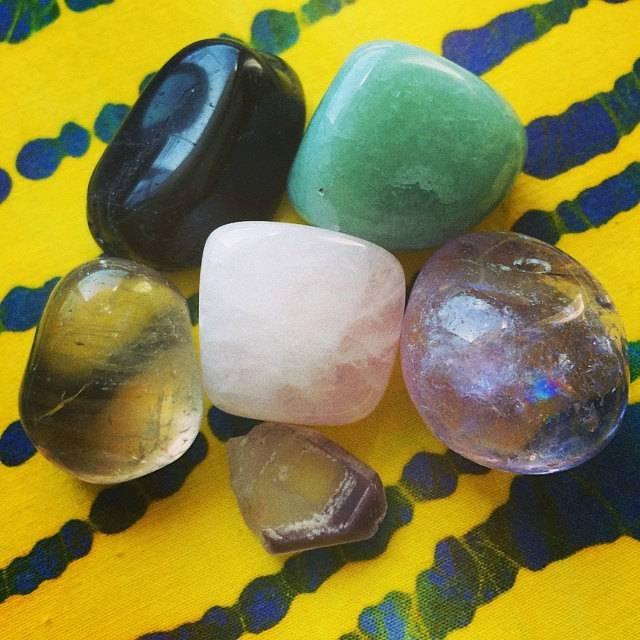 SAFE PASSAGE  Travel gemstone set - the ultimate gem toolkit for safe