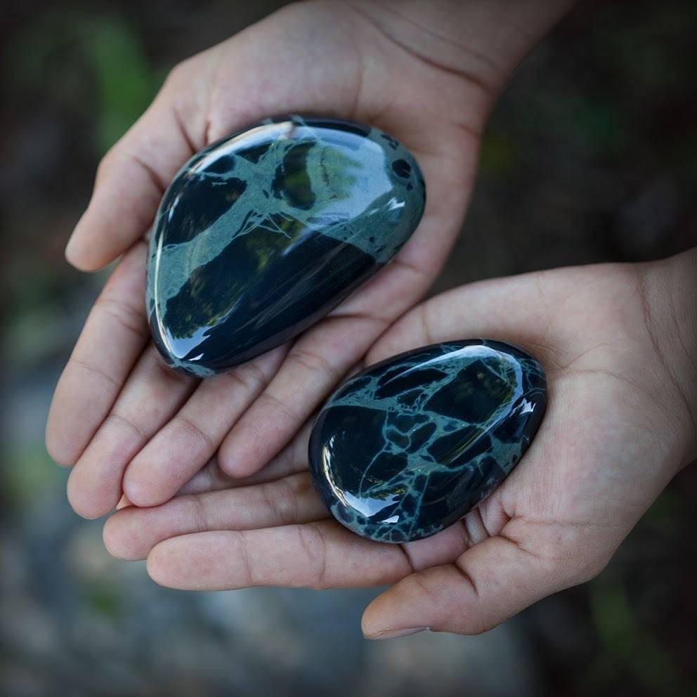 Spiderweb Obsidian Palm Stones