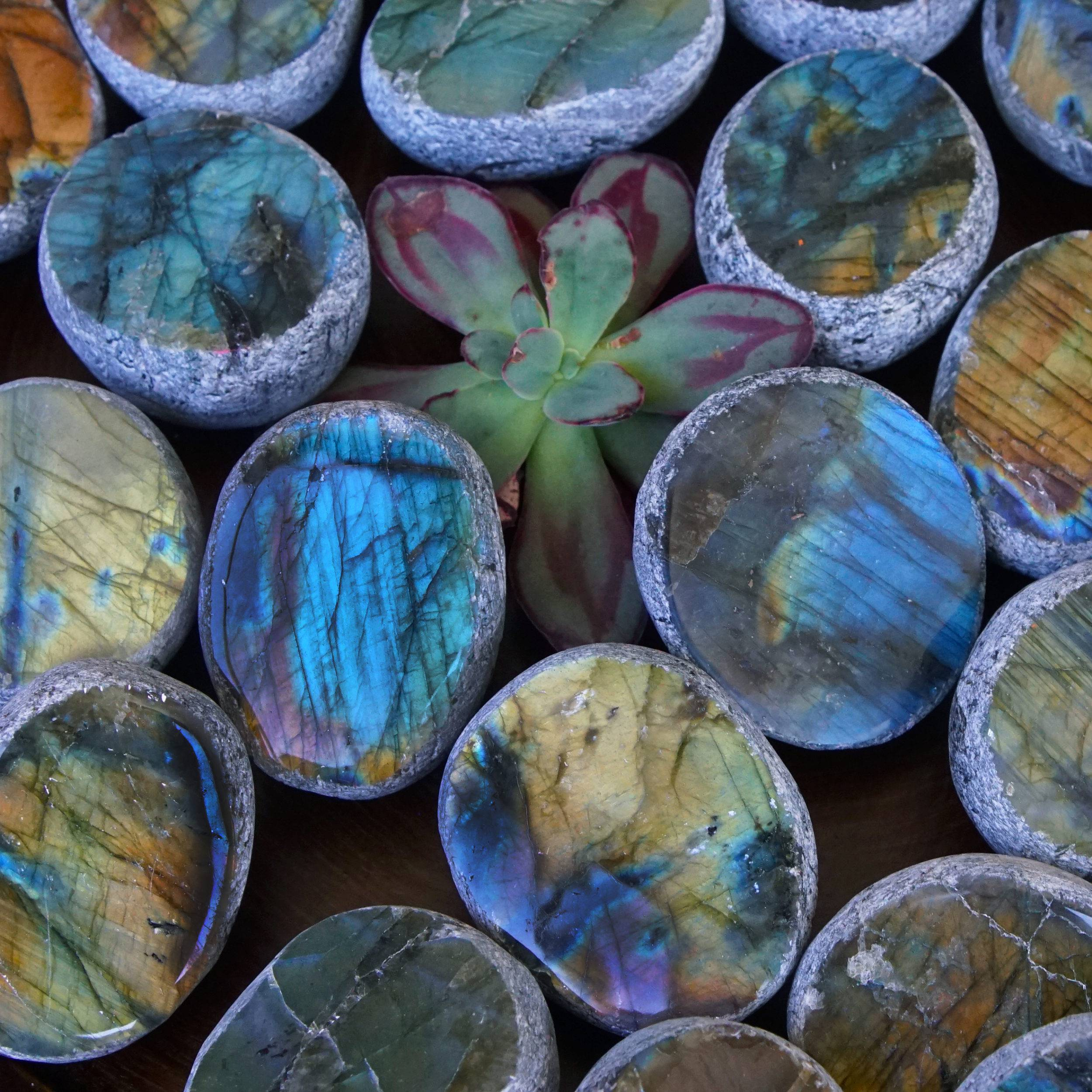 labradorite seer stones