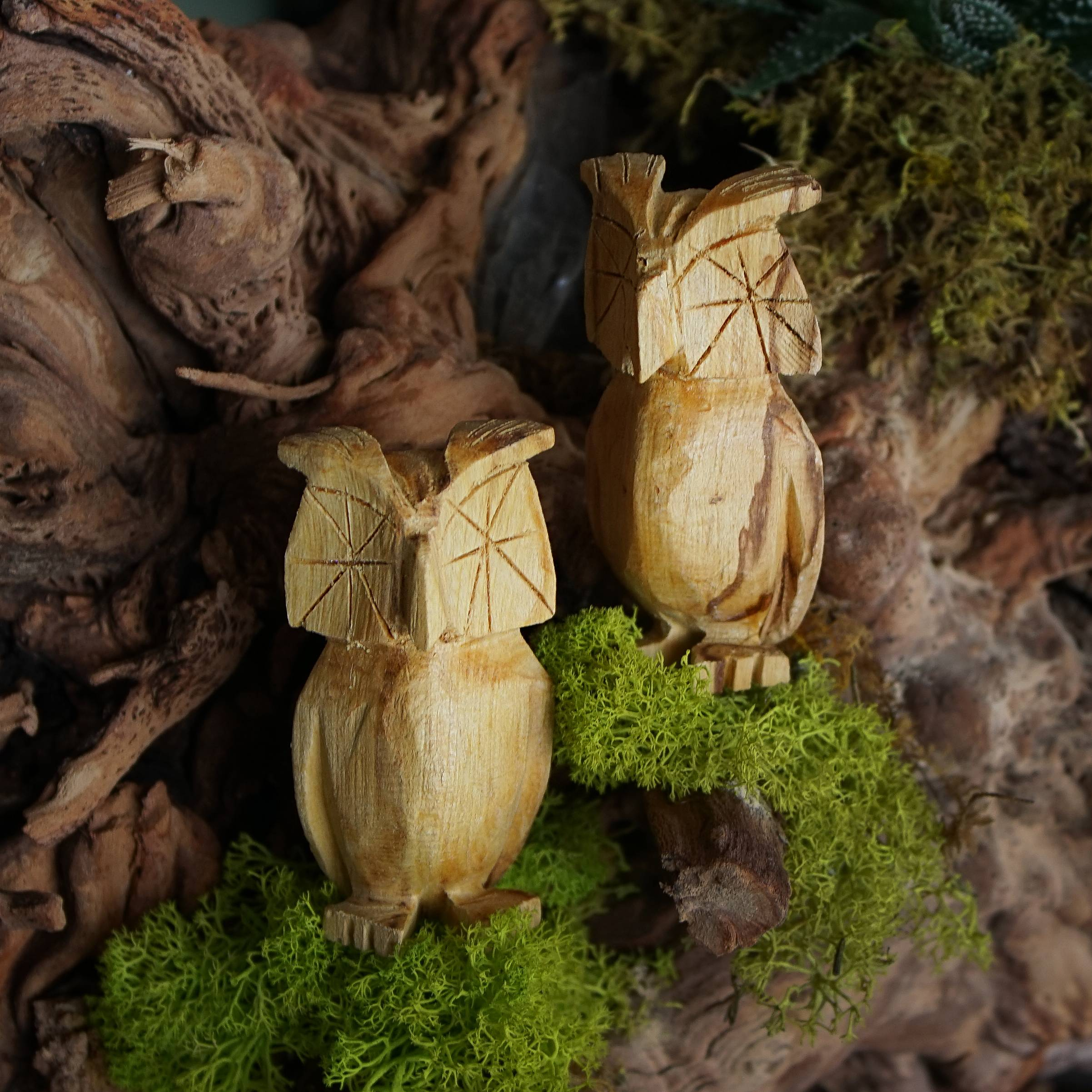 Palo santo owls for healing and heightened intuition