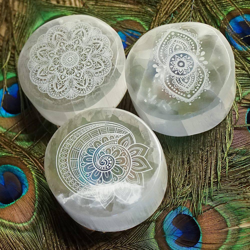 engraved selenite charging plates