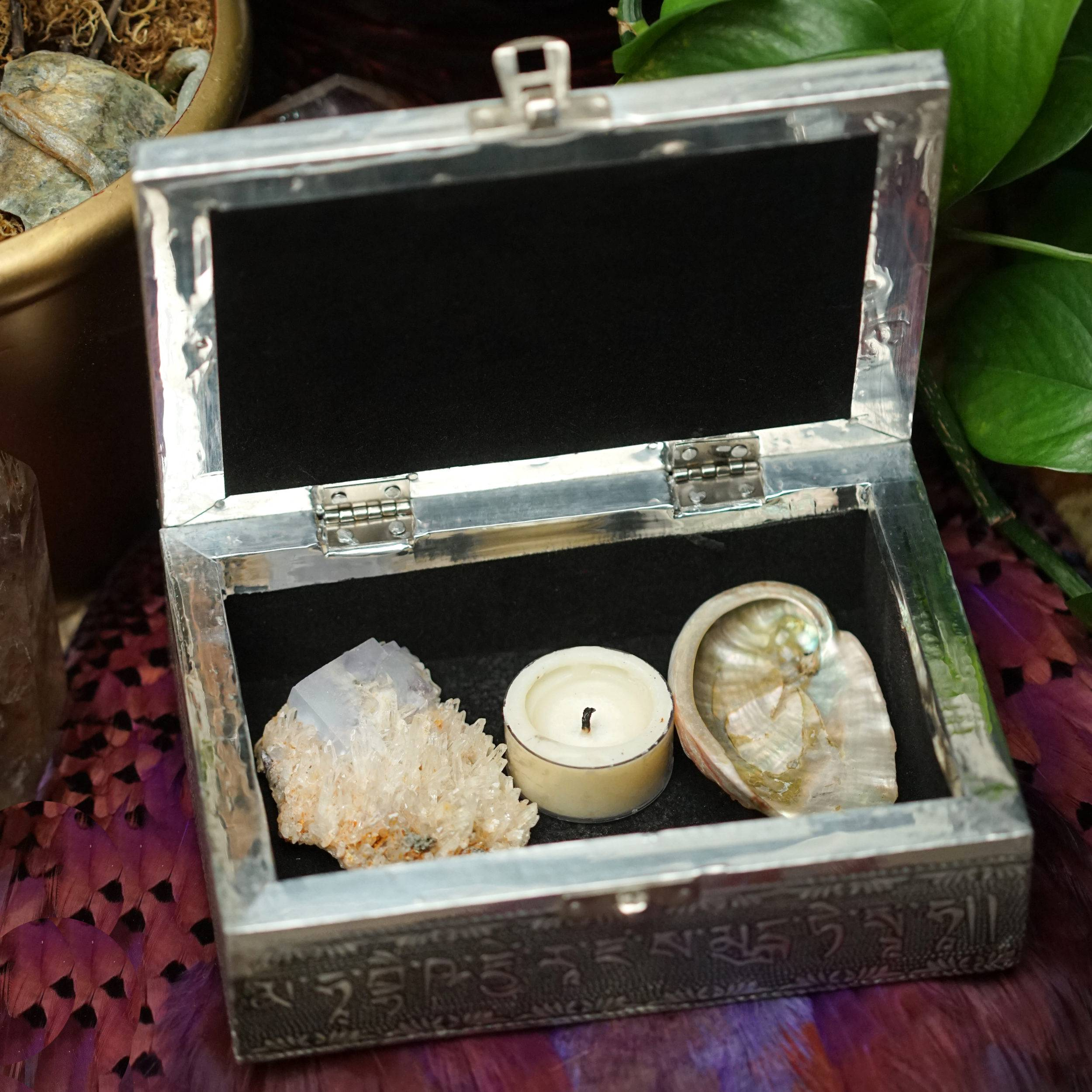 buddha medicine box with tools