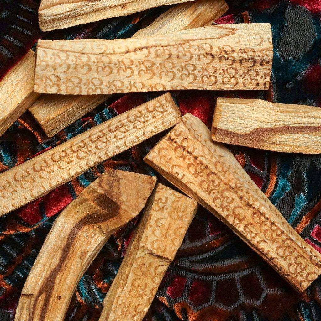 om palo santo sticks