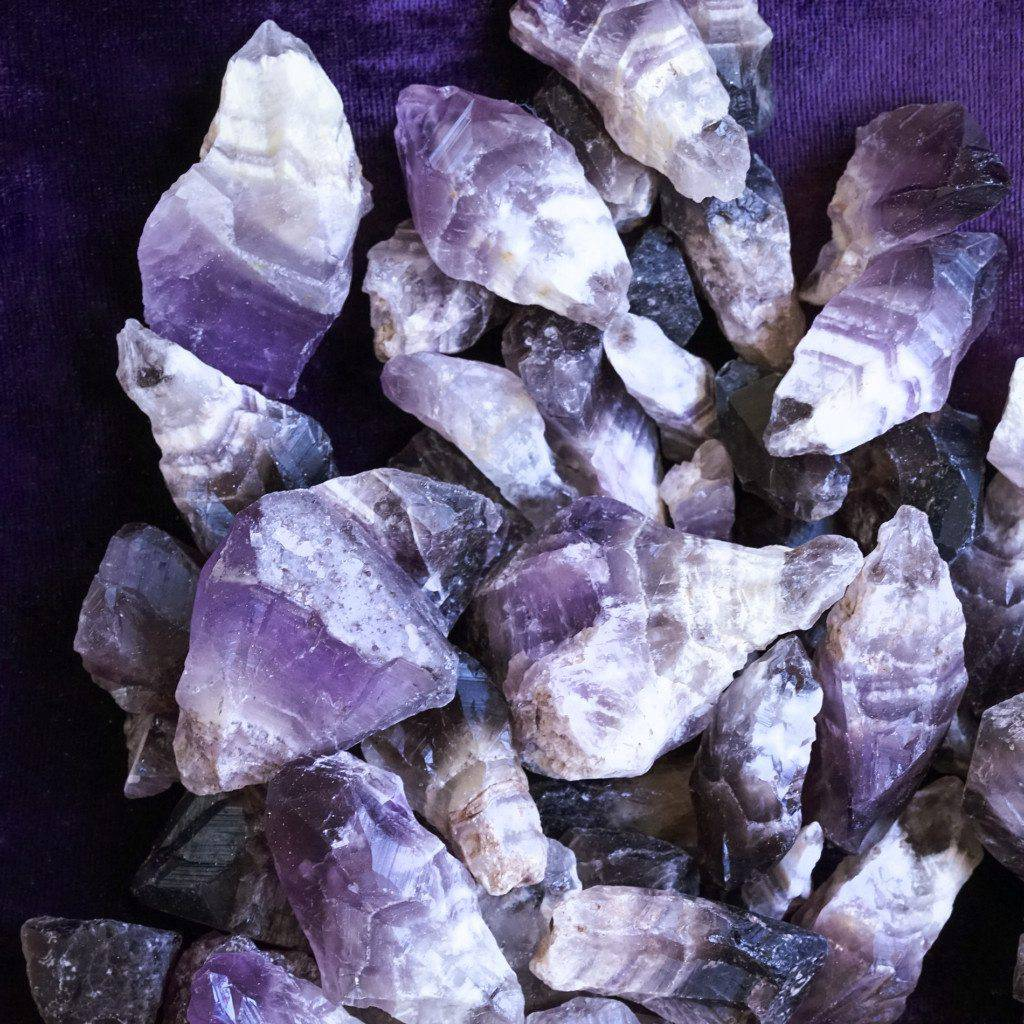 chevron smoky amethyst points