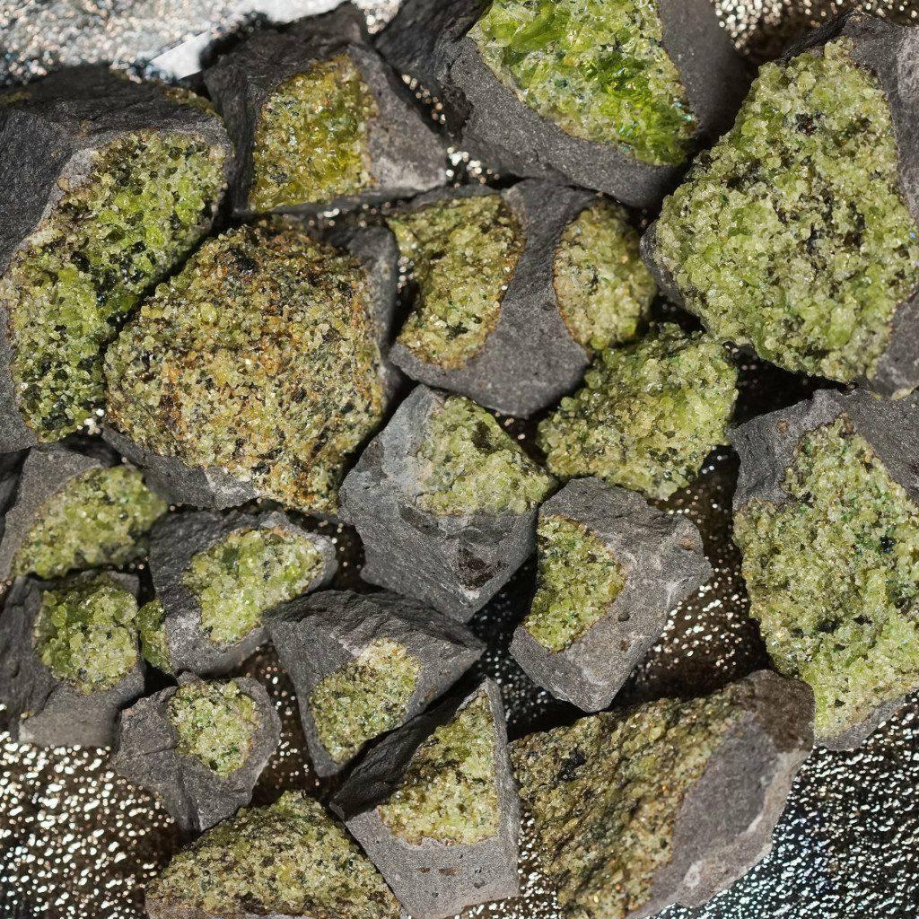 Peridot xenoliths