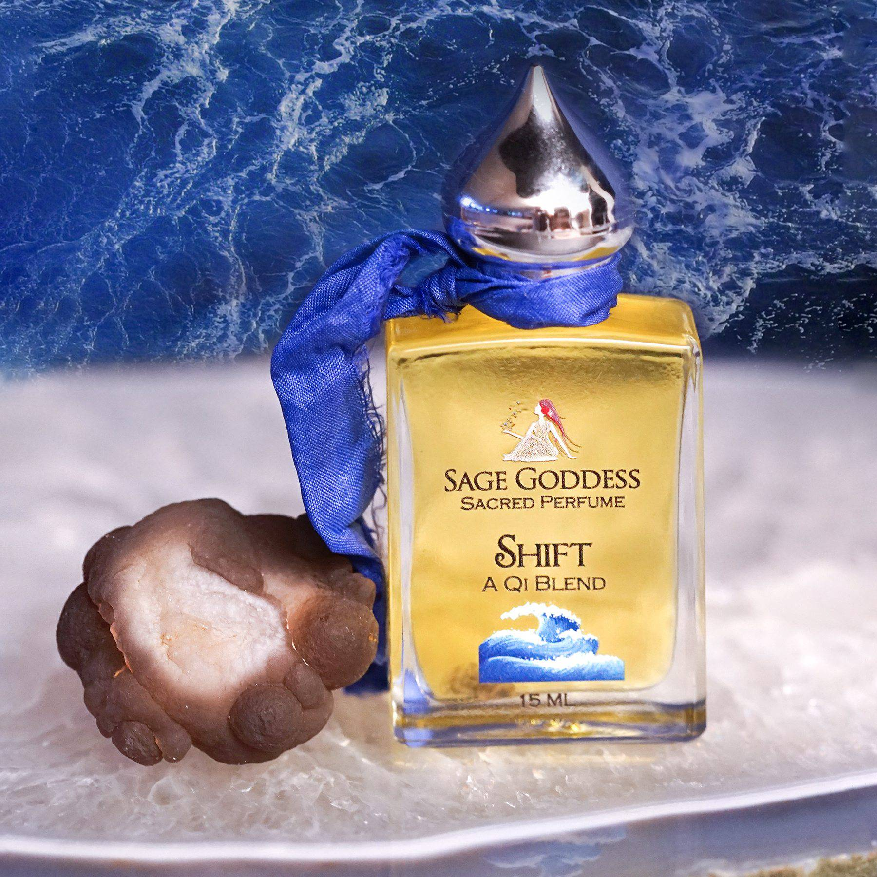 Shift Perfume with natural chalcedony