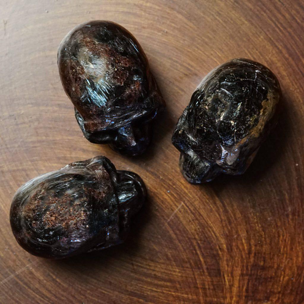 arfvedsonite skulls