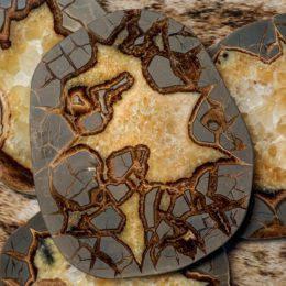 Stone Slabs & Slices