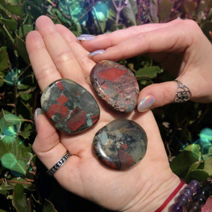 Healing_and_Pain_Relief_Bloodstone_Palm_Stones_2of3_7_20