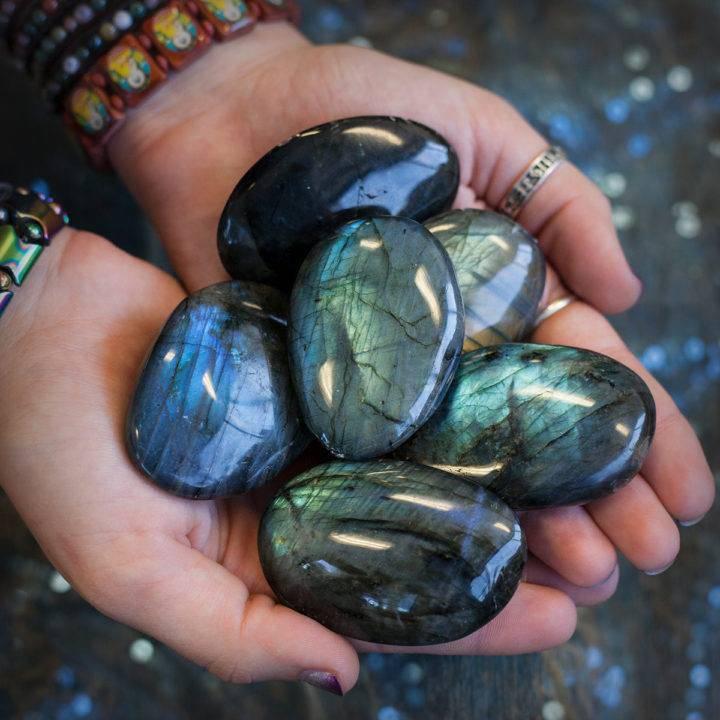 Labradorite Palm Stone 6_10 secondary