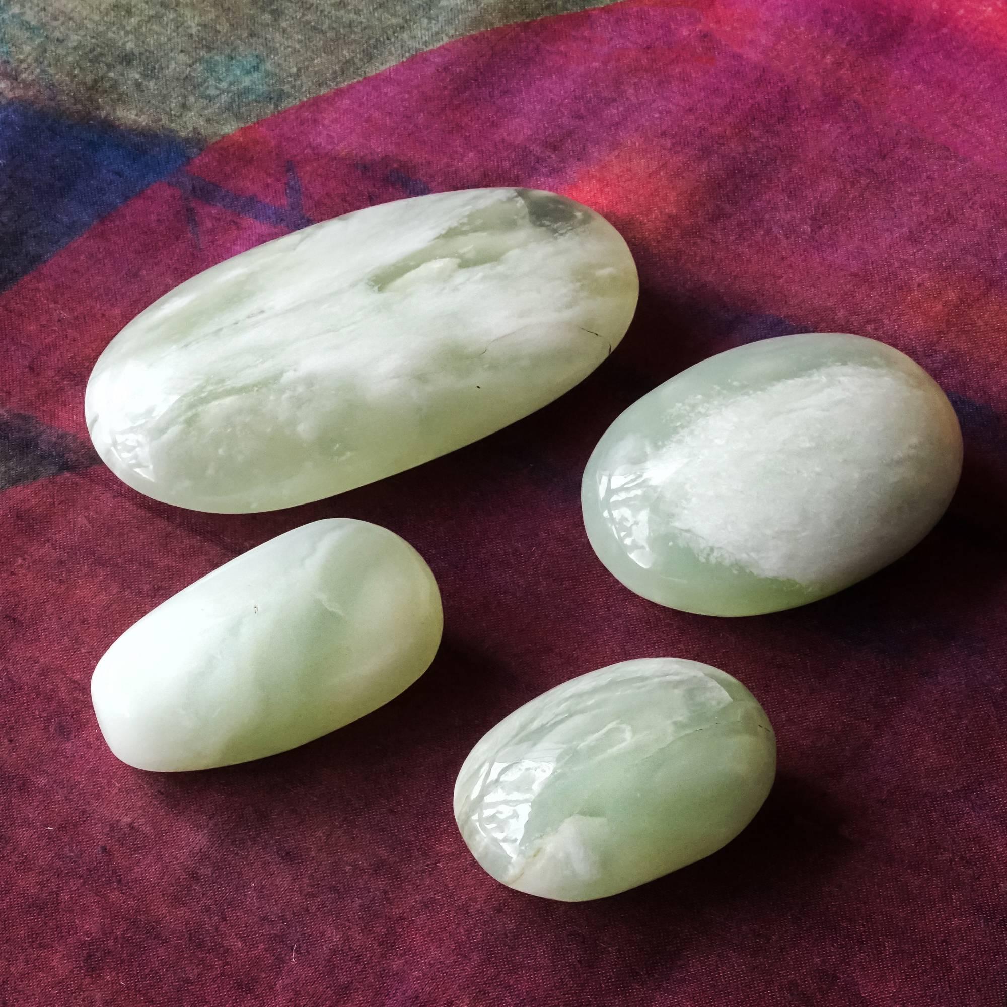 jade palm stones