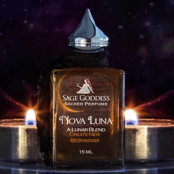 nova luna perfume