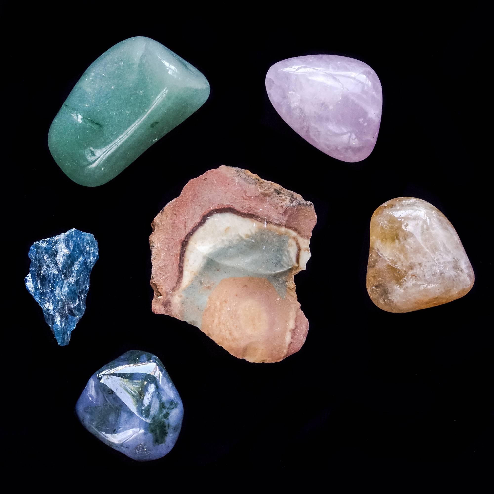 ostara gemstone set