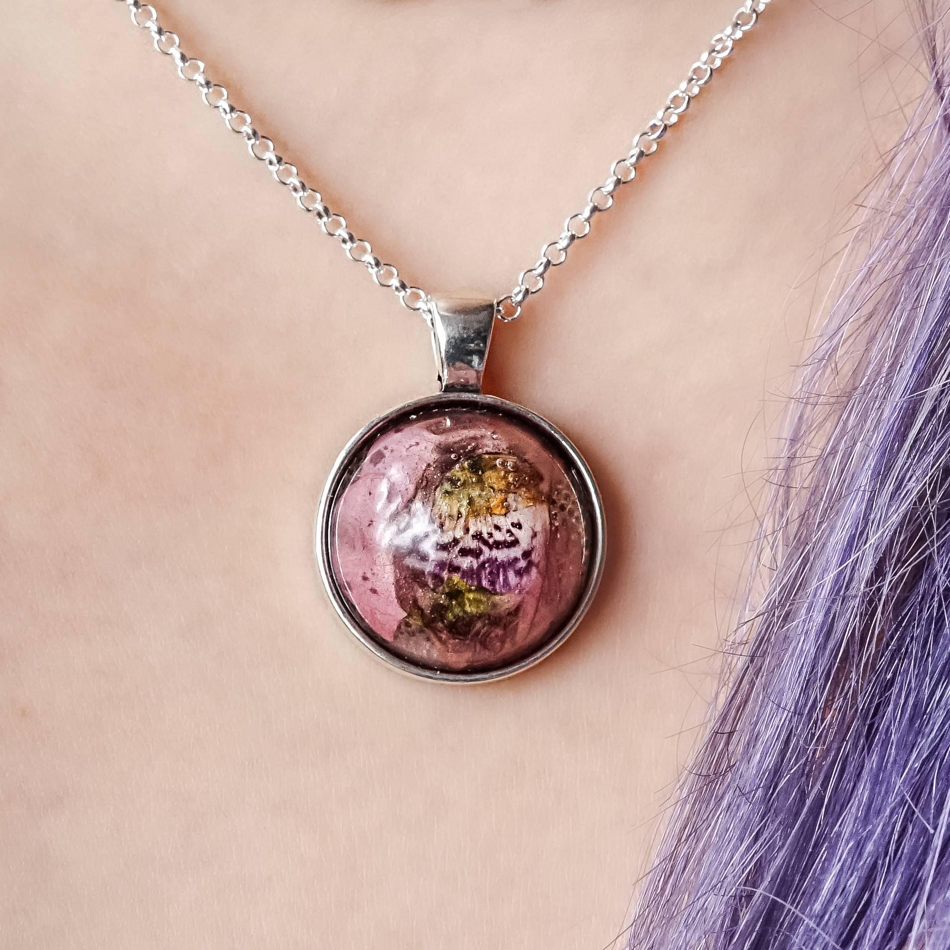 snapdragon pendants