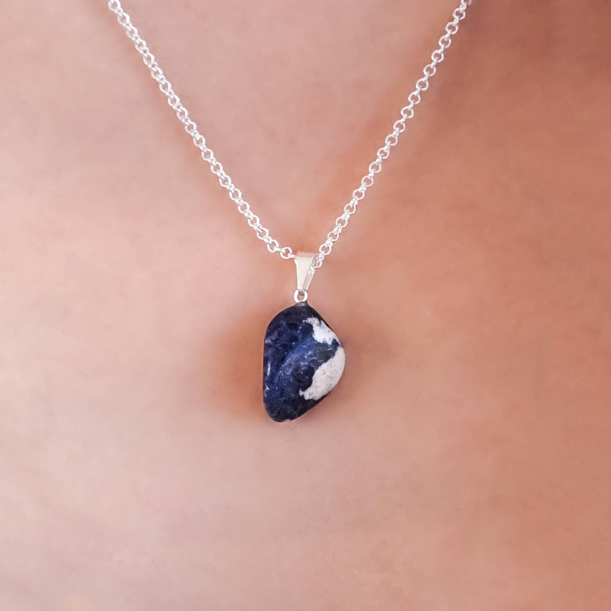 sodalite crystal jewelry