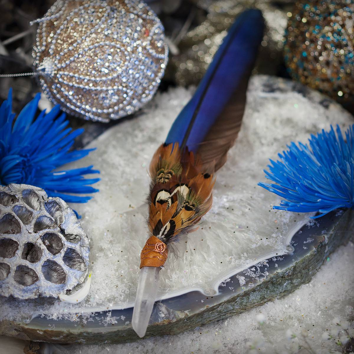 Beautiful Macaw Feather Smudge Fan 12_8
