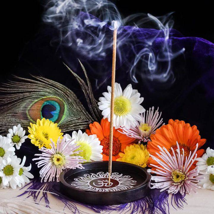 om incense plate