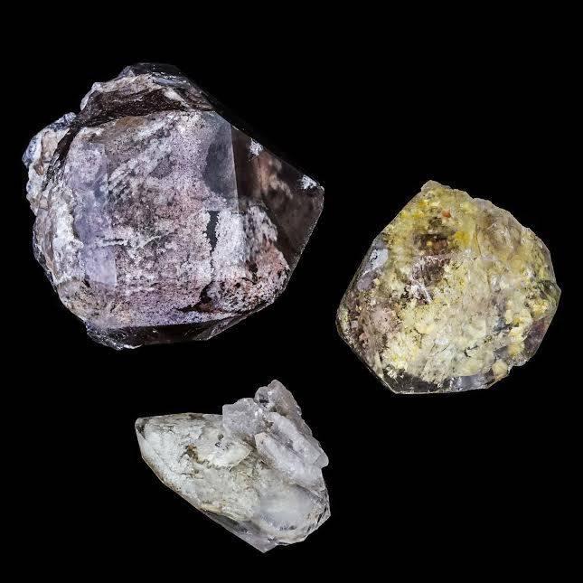 minas gerais quartz shamanic stone