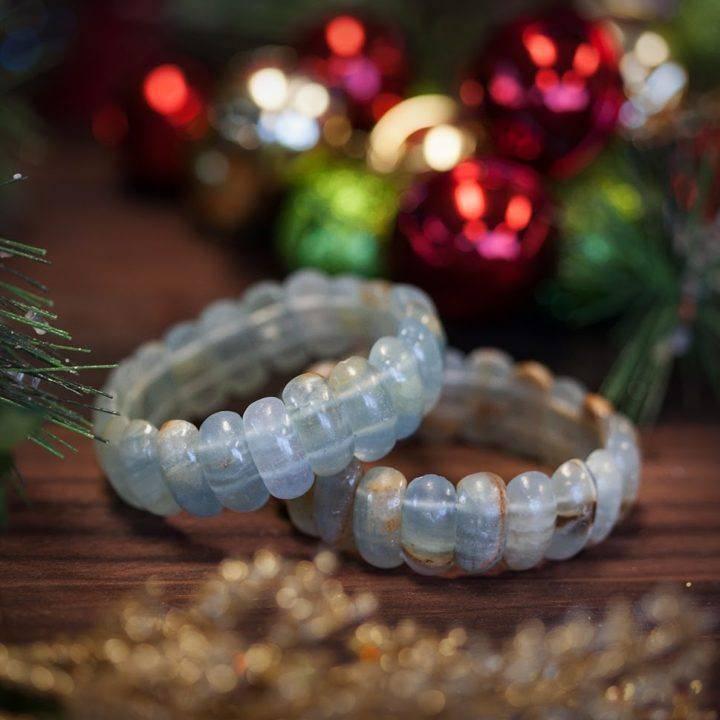 Large Oval Blue Onyx Bracelet