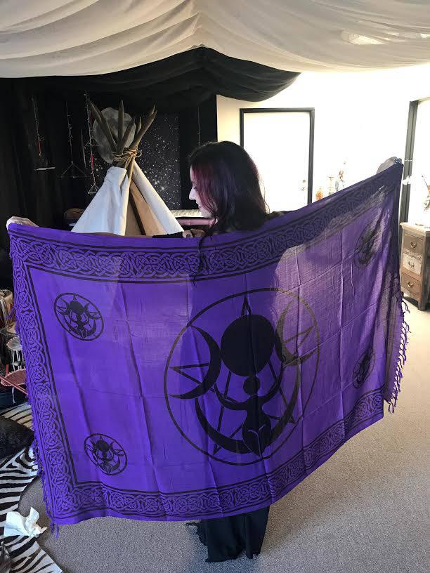 triple moon cloth