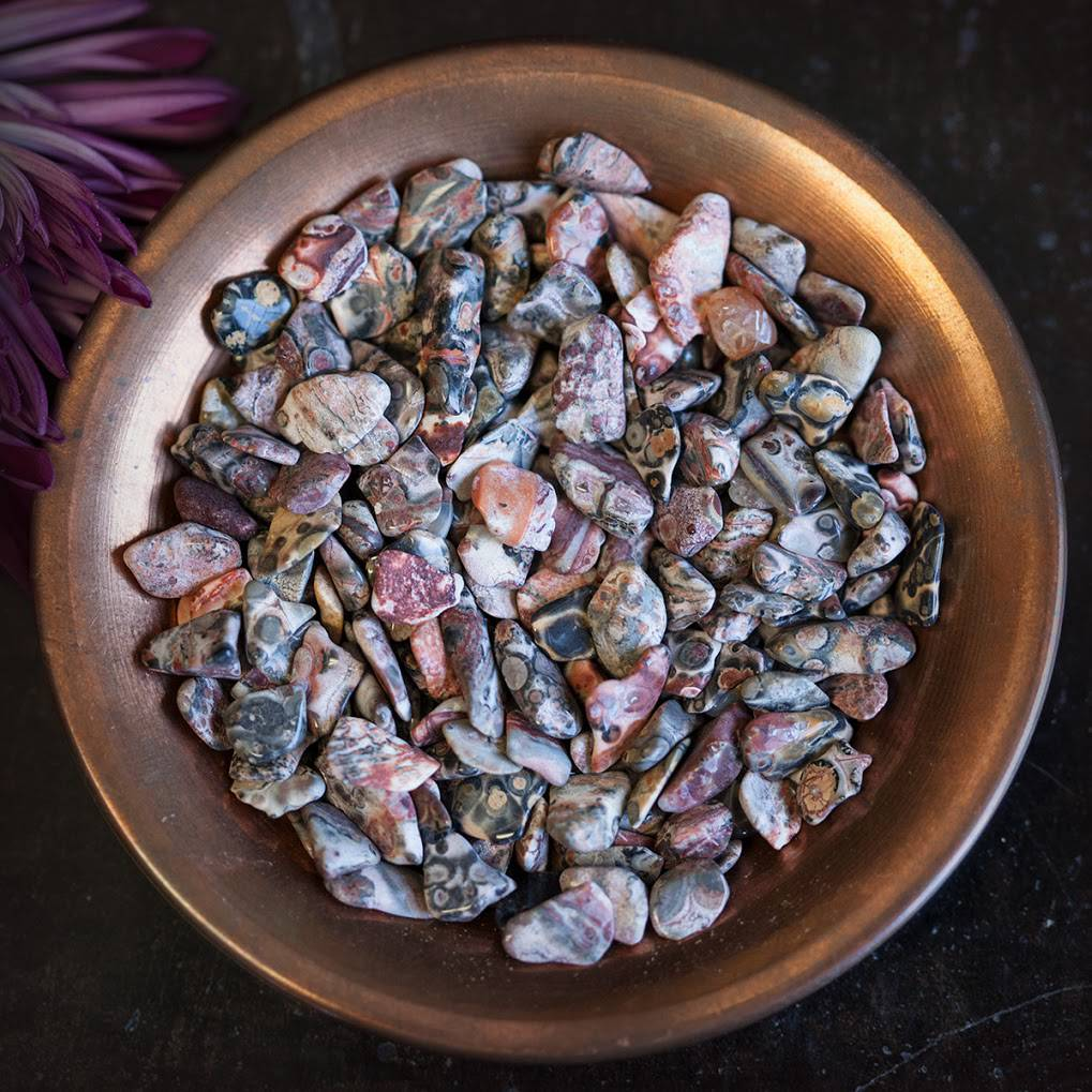 Leopardskin Jasper chip stones