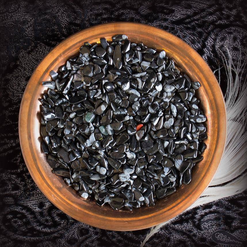 snowflake obsidian chip stones