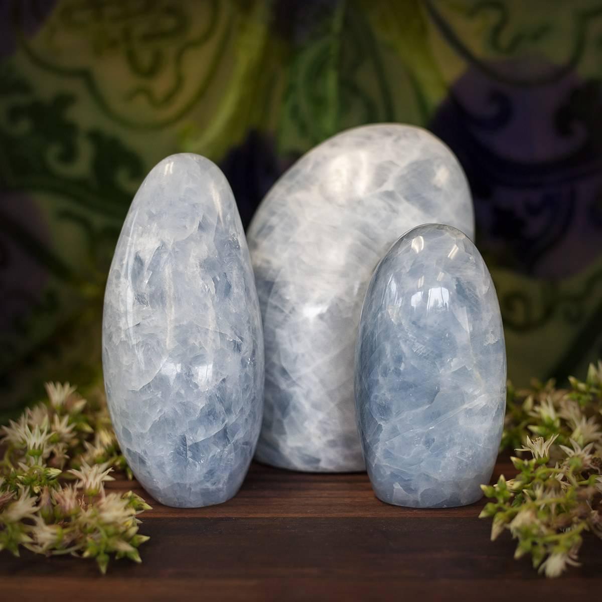 blue calcite pillar 6_2 featured
