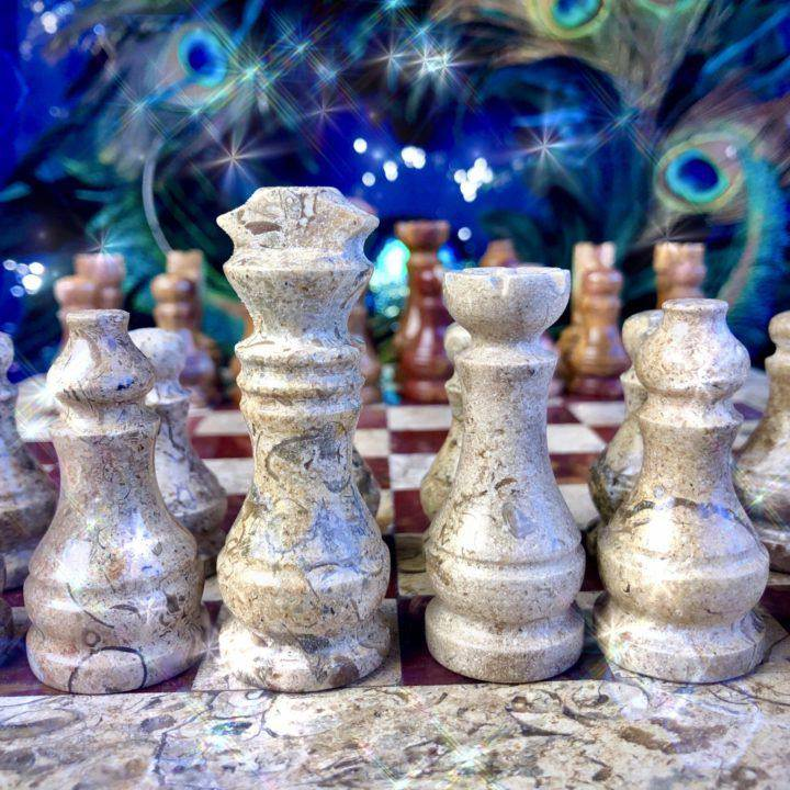 Hand-carved_Onyx_Chess_Set_4of6_11_22