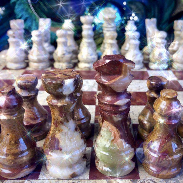 Hand-carved_Onyx_Chess_Set_5of6_11_22