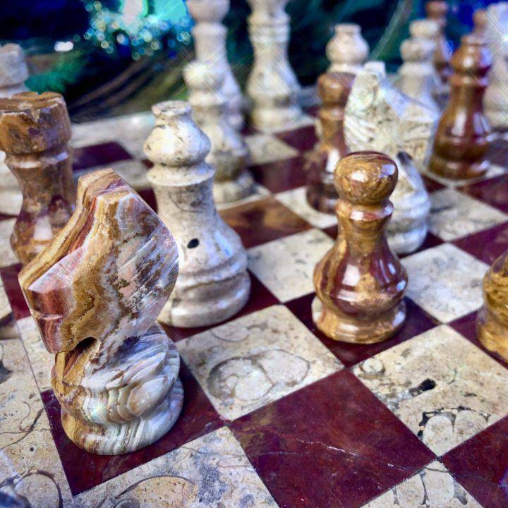 Hand-carved_Onyx_Chess_Set_6of6_11_22