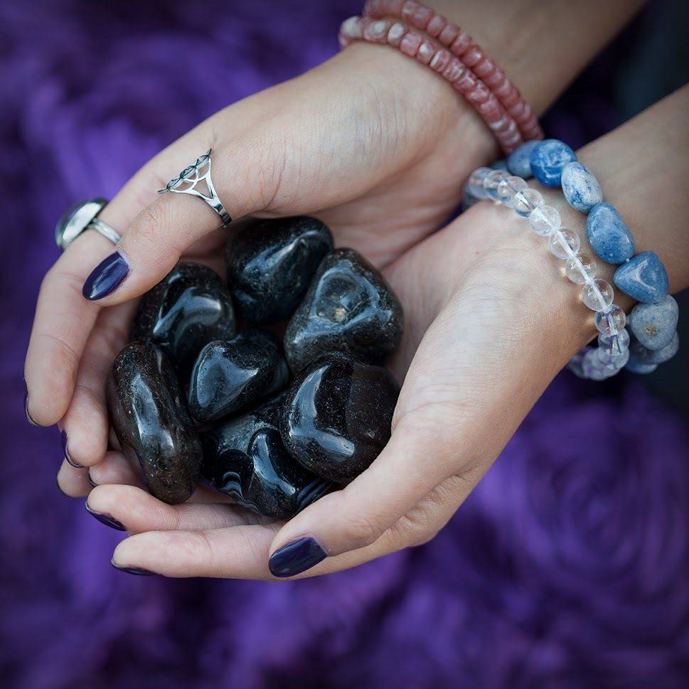 Tumbled Black Agate