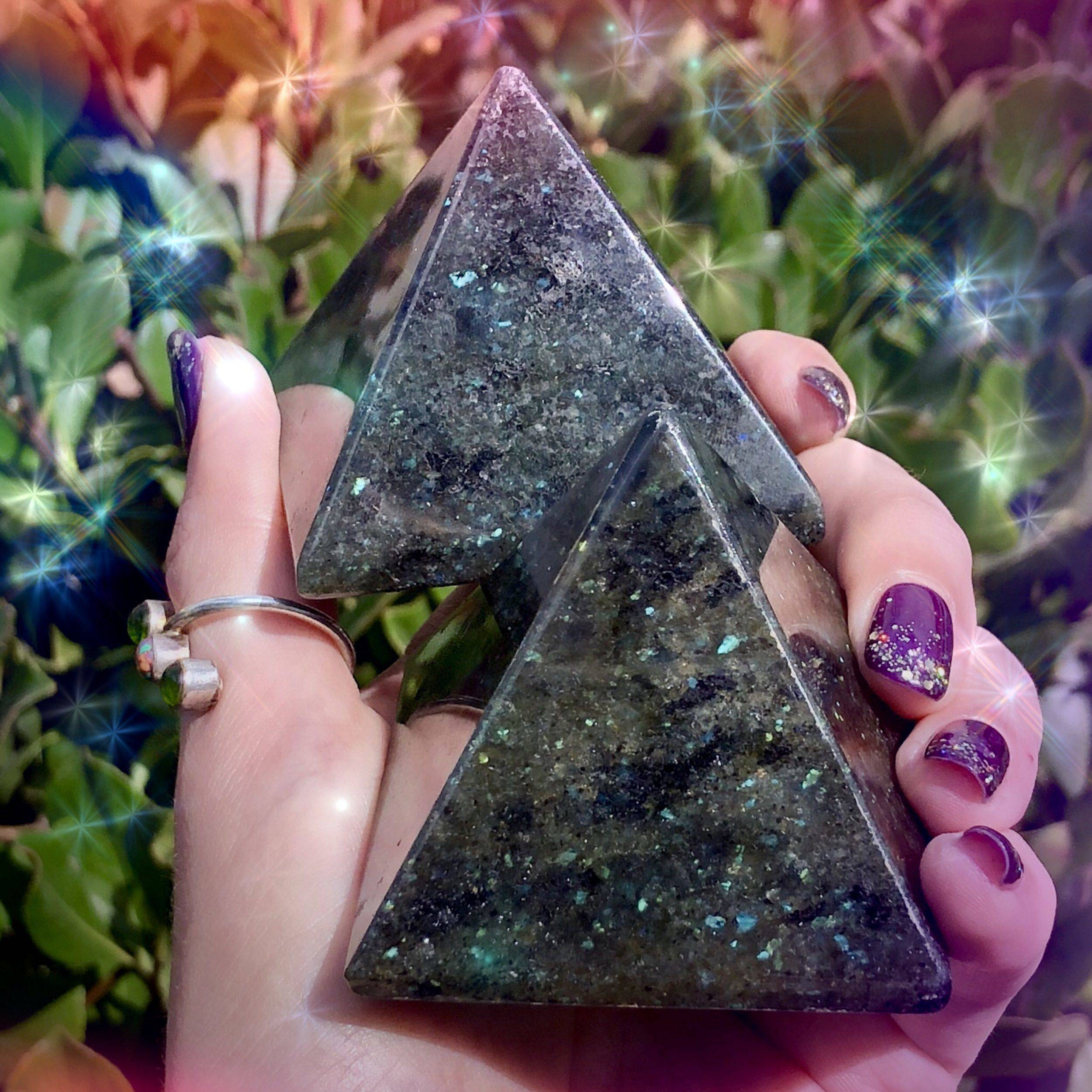 Galaxite_Pyramid_2of3_9_18.