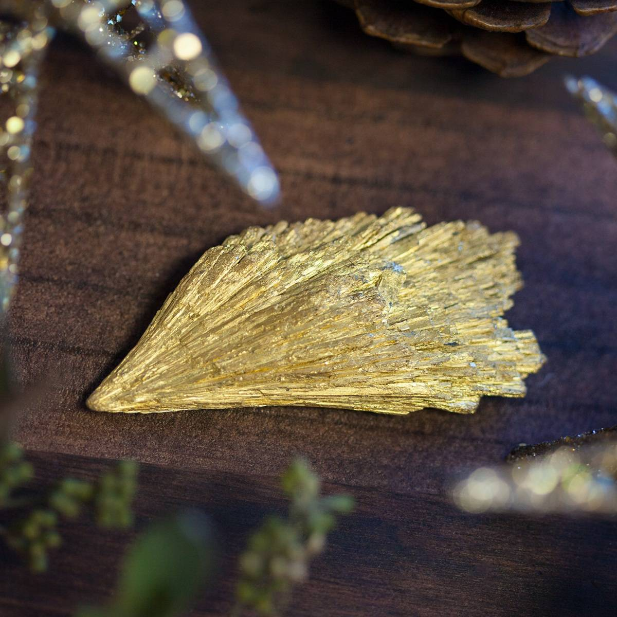 Golden Kyanite Blade 12_17