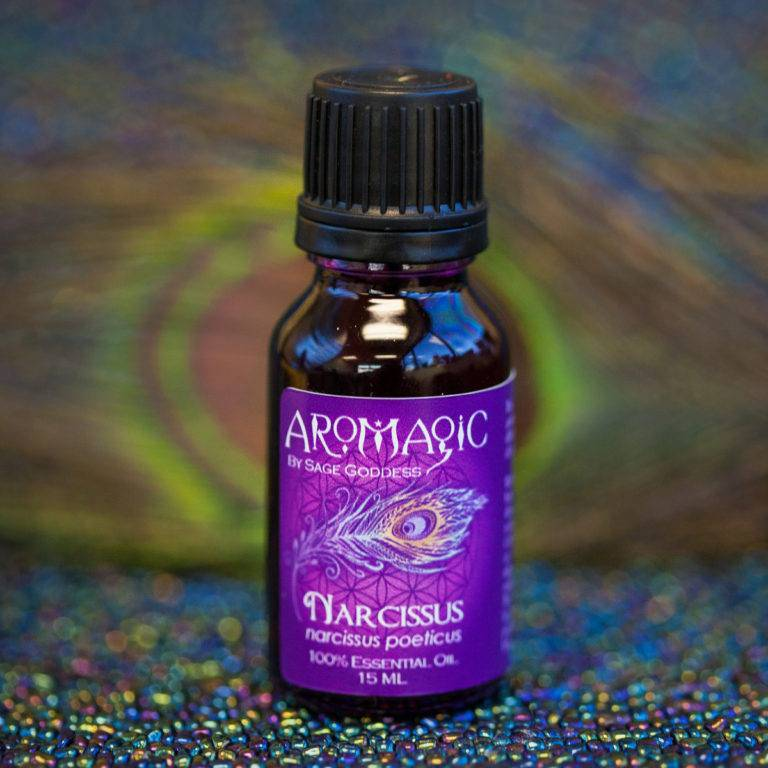 Narcissus Essential Oil for confidence, inspiration, and creativity