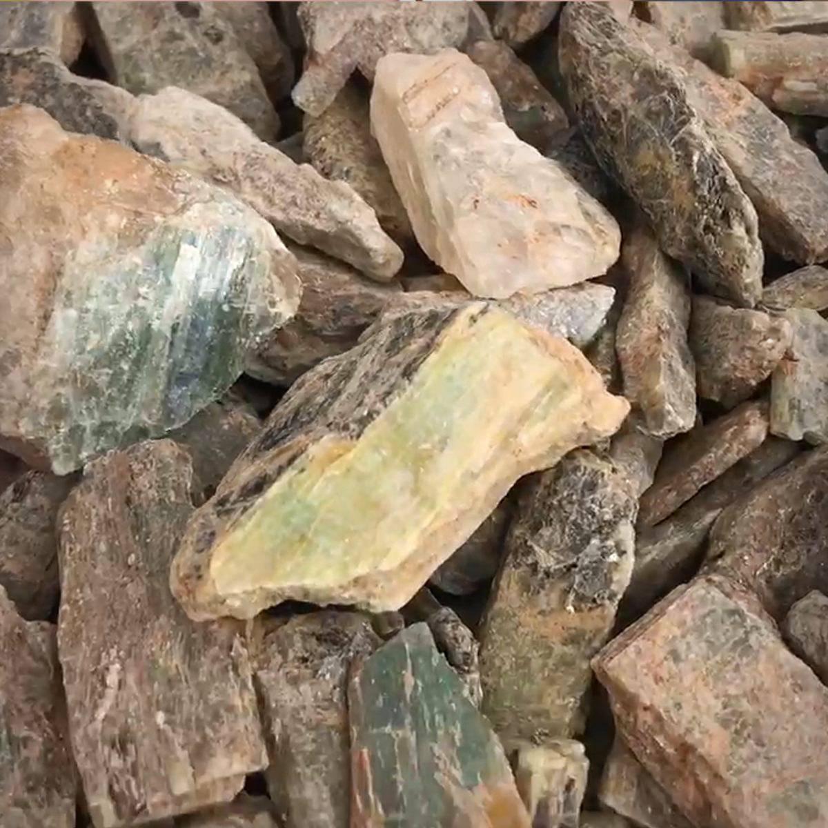 Green Kyanite Blades 2_3