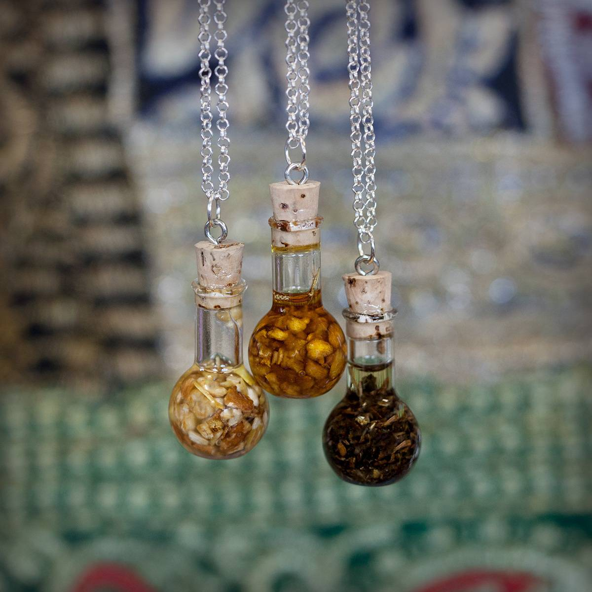 Aryuvedic Vial Pendants 3_8 Featured