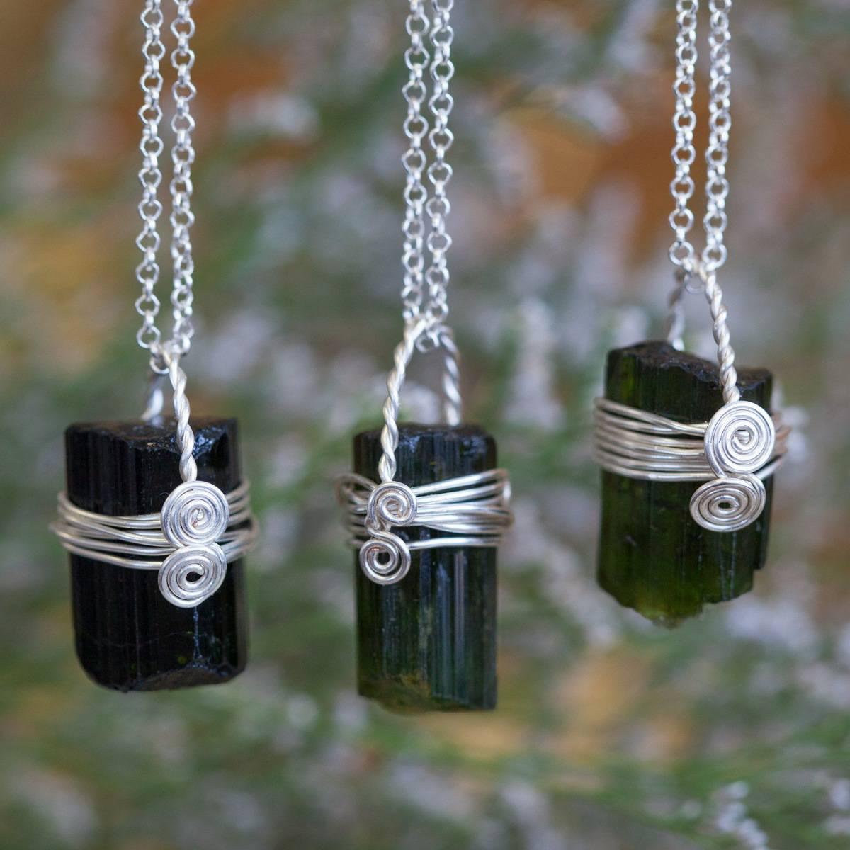 Green Tourmaline Wire Wrap Necklace 3_2