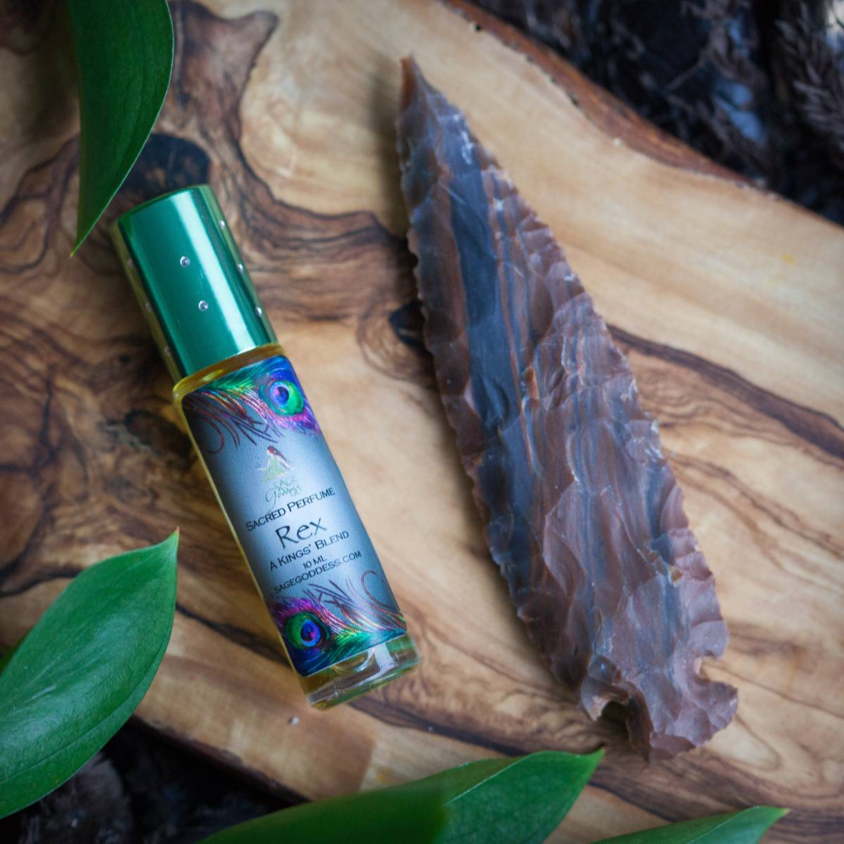 Indian Agate Arrowhead with Rex Perfume 3_6