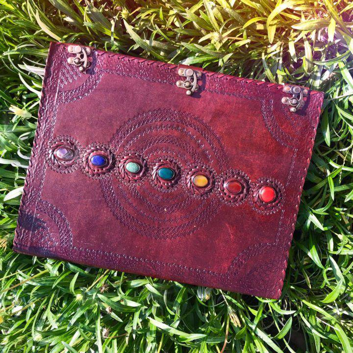 Chakra_Leather_Journals_2of5_11_21