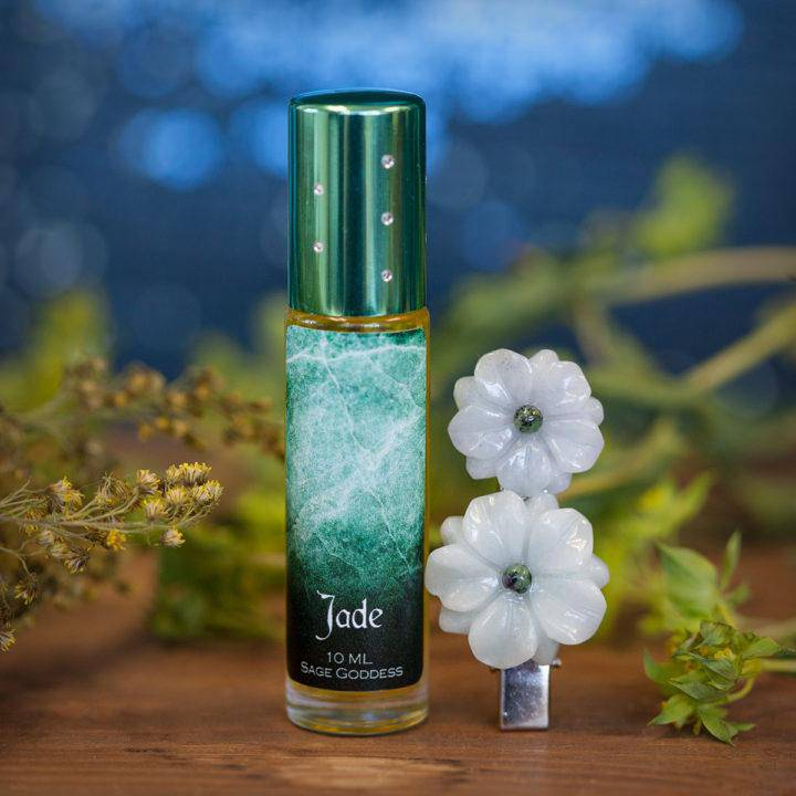 Jade Perfume with Jade Flower Clip 6_10 feature