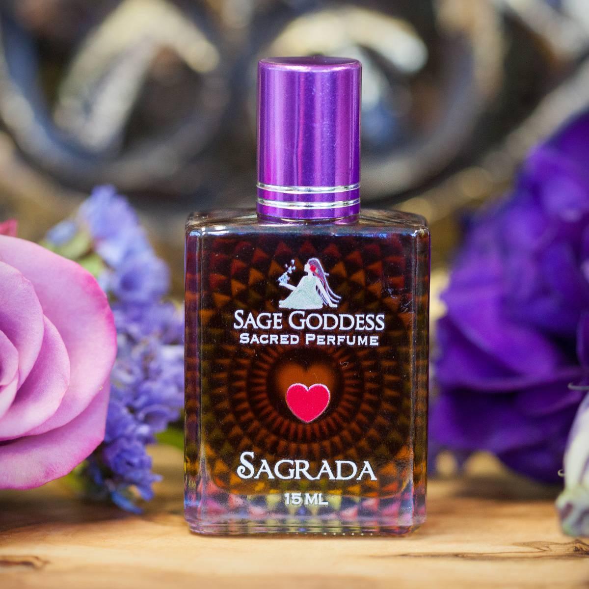 Sagrada_Perfume_with_Apothecary_Bottle_2of3_7_15