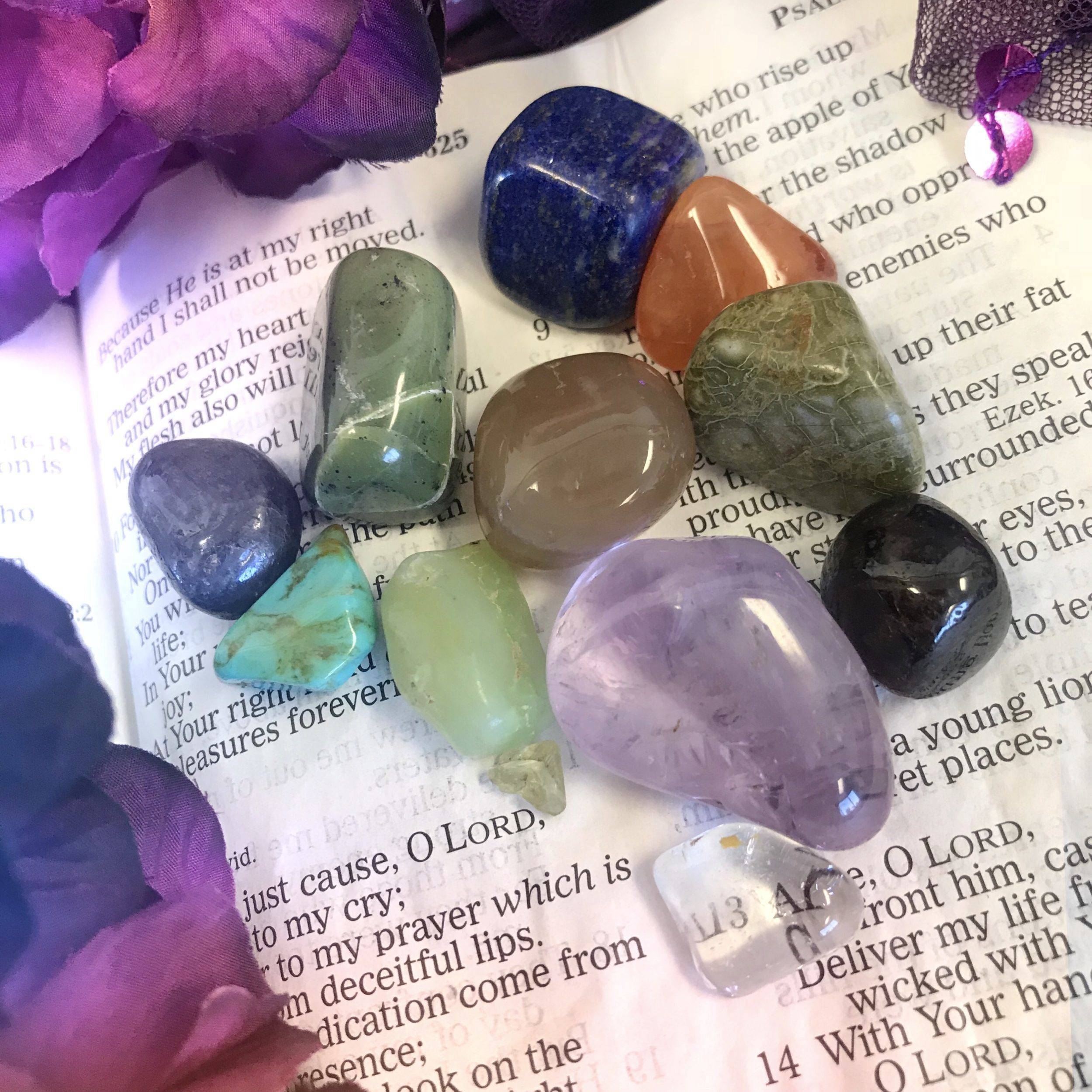 Stones of the Bible - The Crystals of Aaron's Breastplate_1of2_8_2