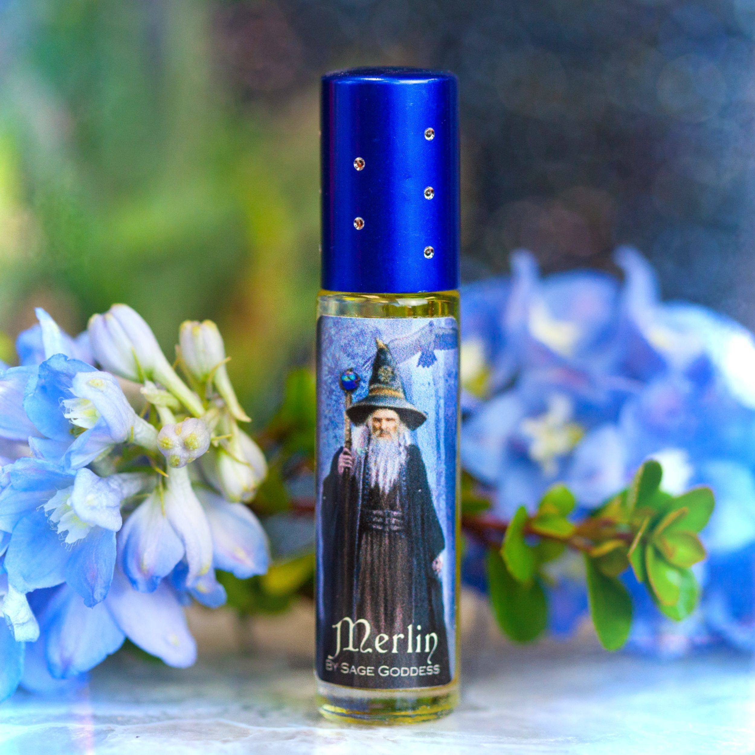 Merlin_Perfume_with_Free_Wizard_Pendant_3of3_10_5