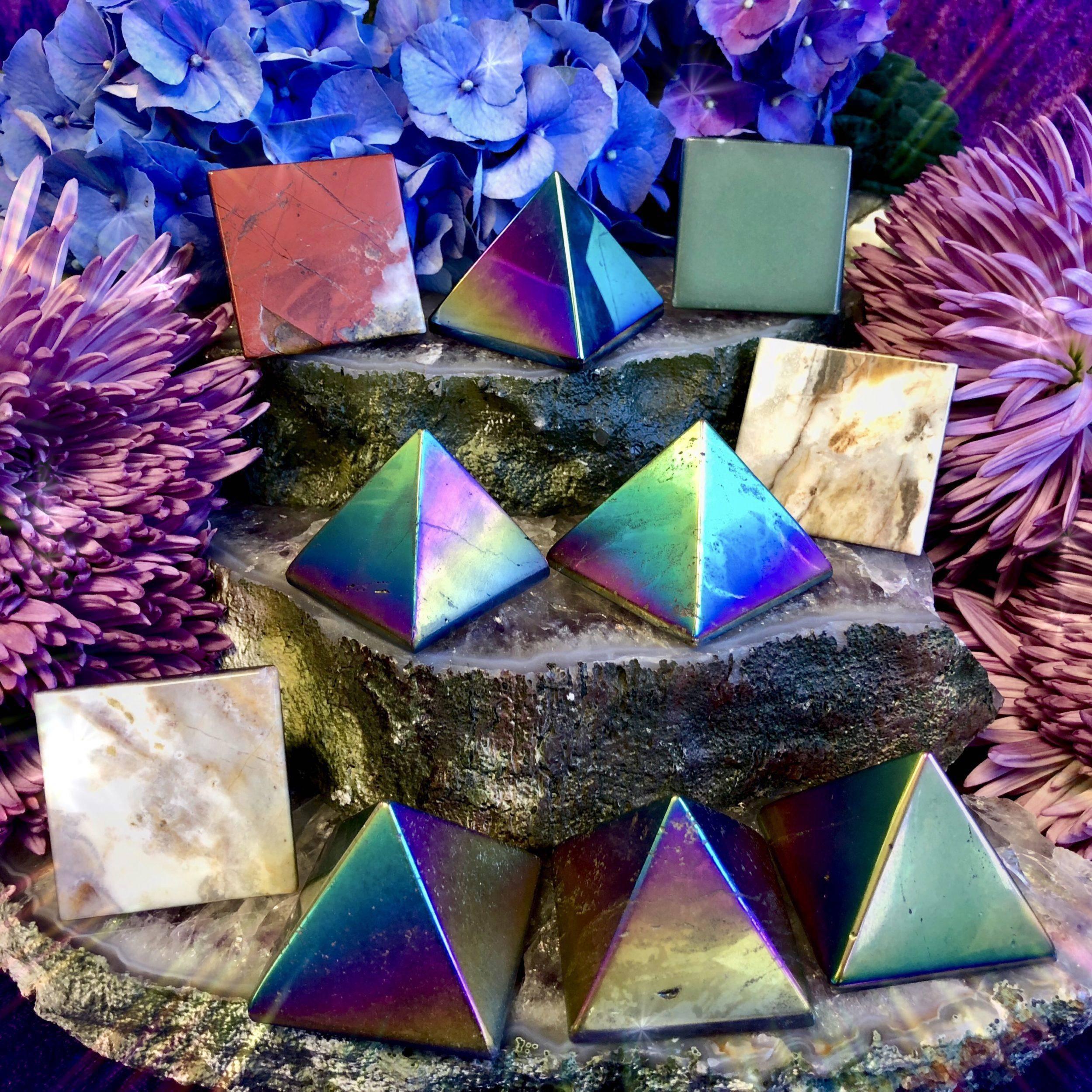 Titanium_Aura_Pyramids_1of4_10_26
