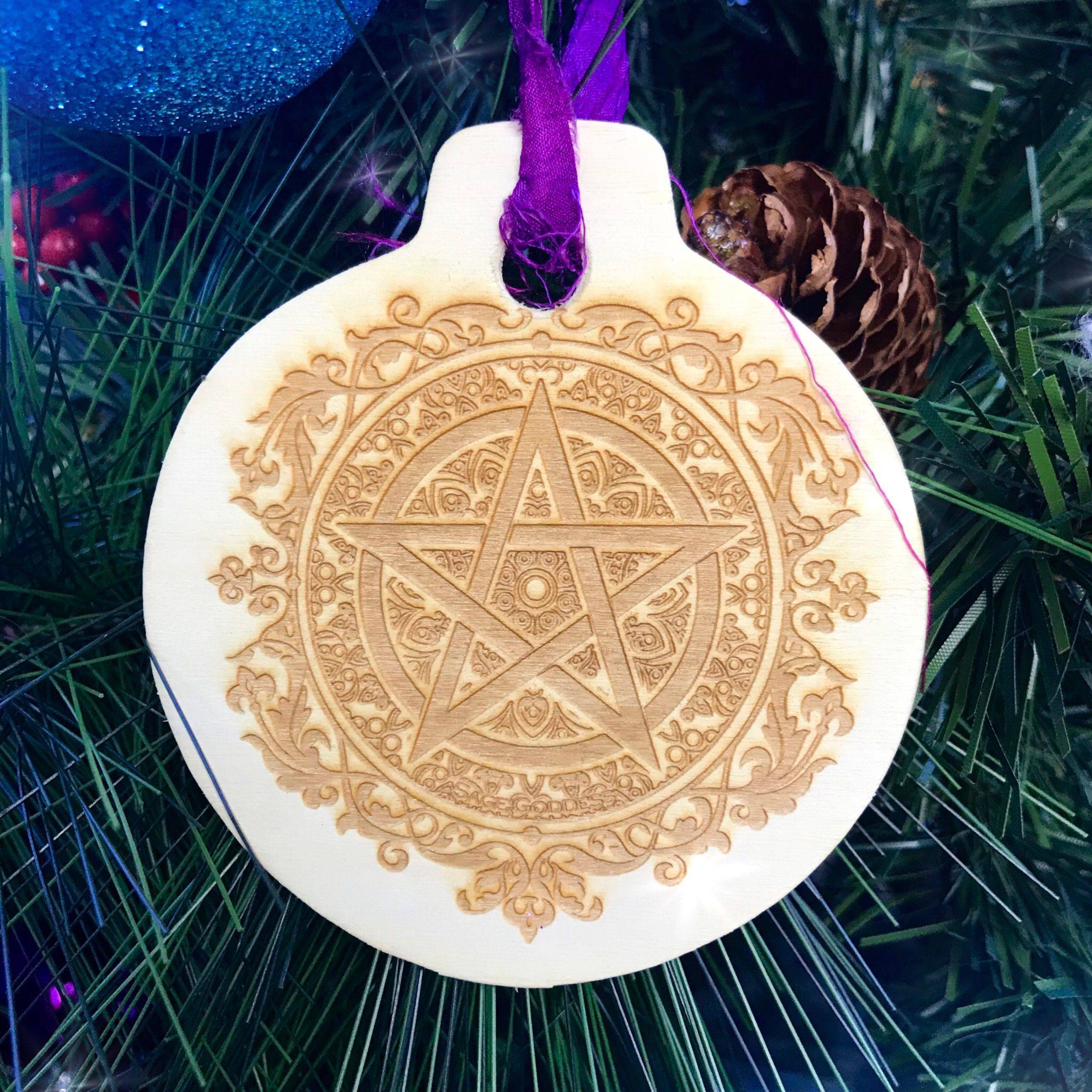 Blessed_Yule_Ornaments_5of5_11_10