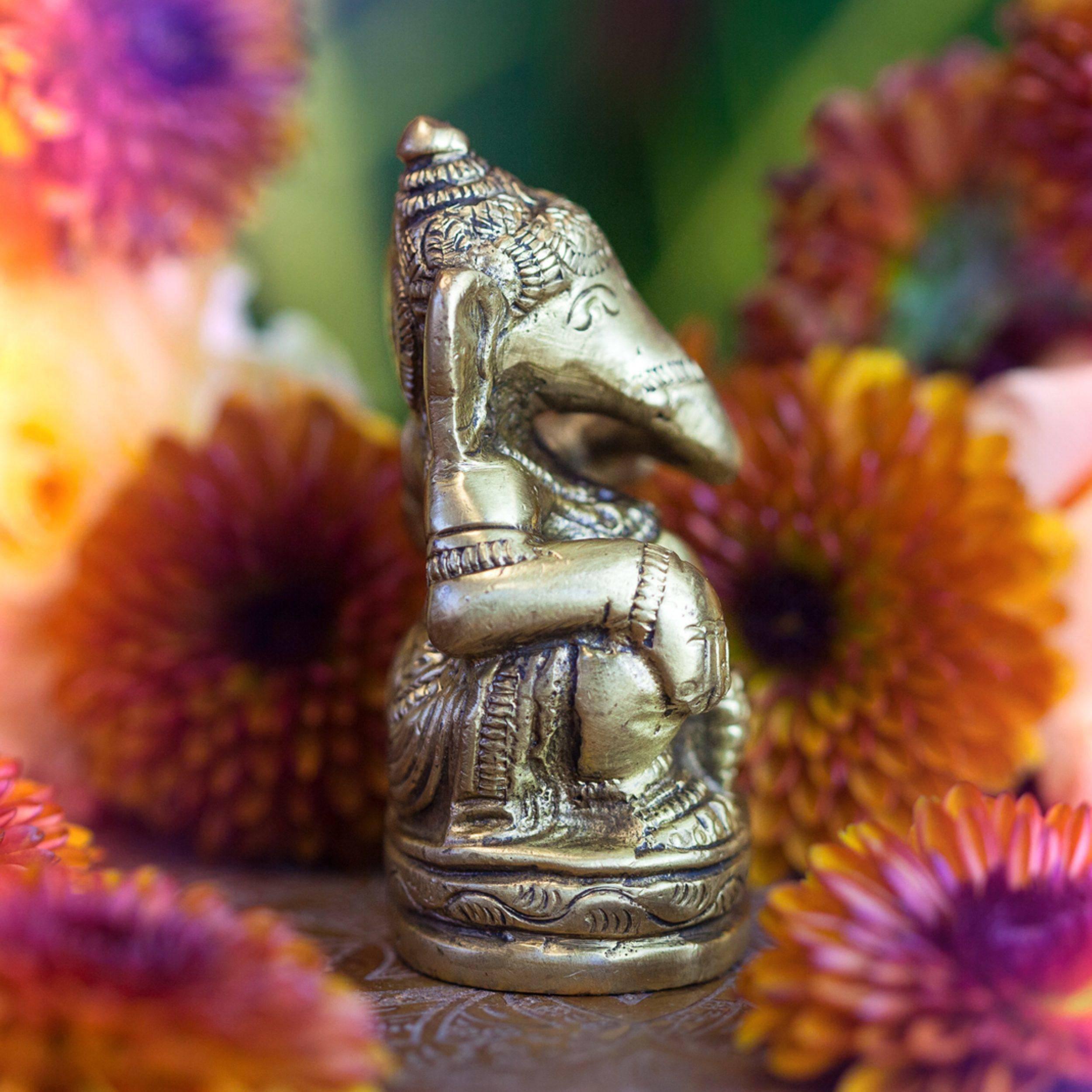 Brass_Ganesha_Statuette_2of3_11_13