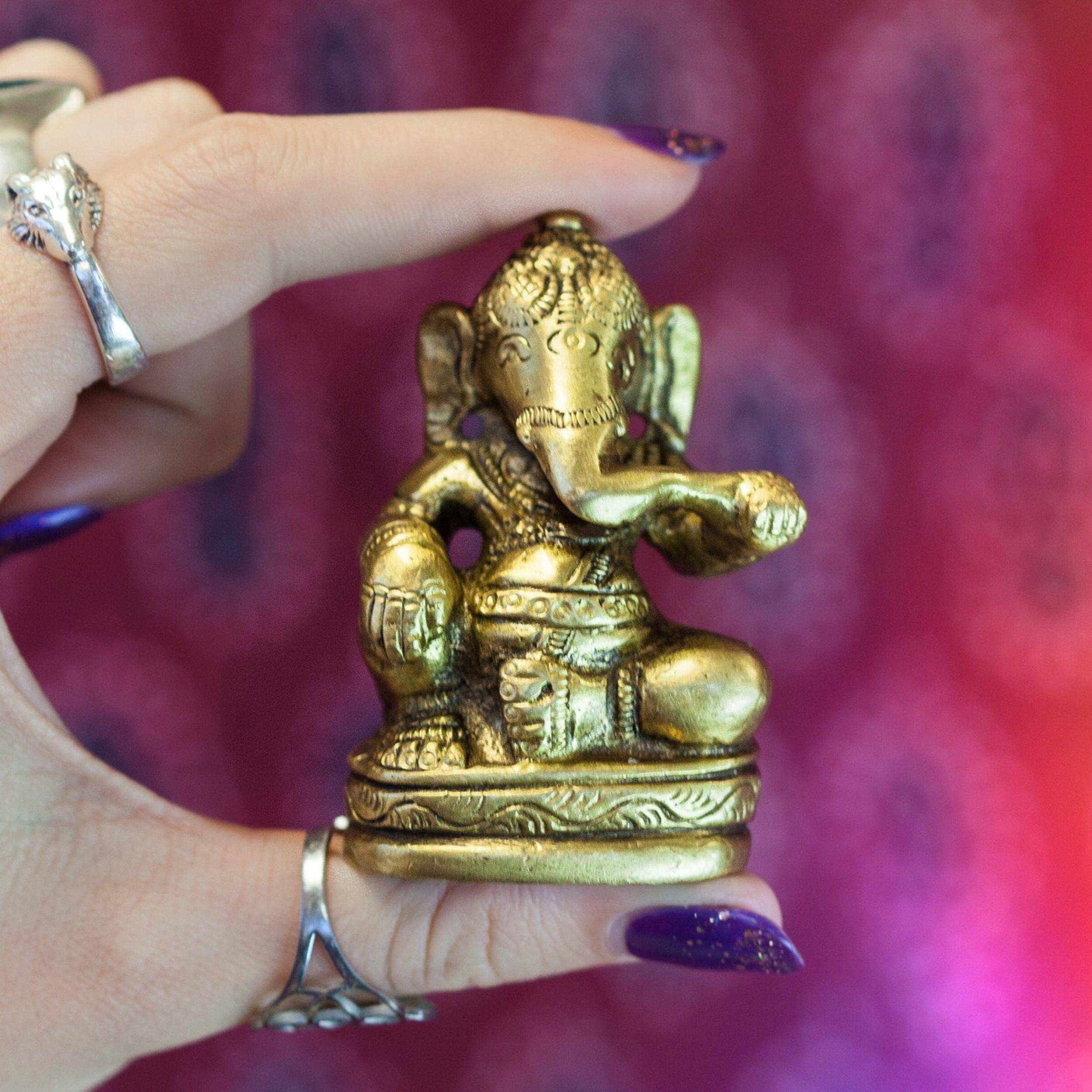 Brass_Ganesha_Statuette_3of3_11_13